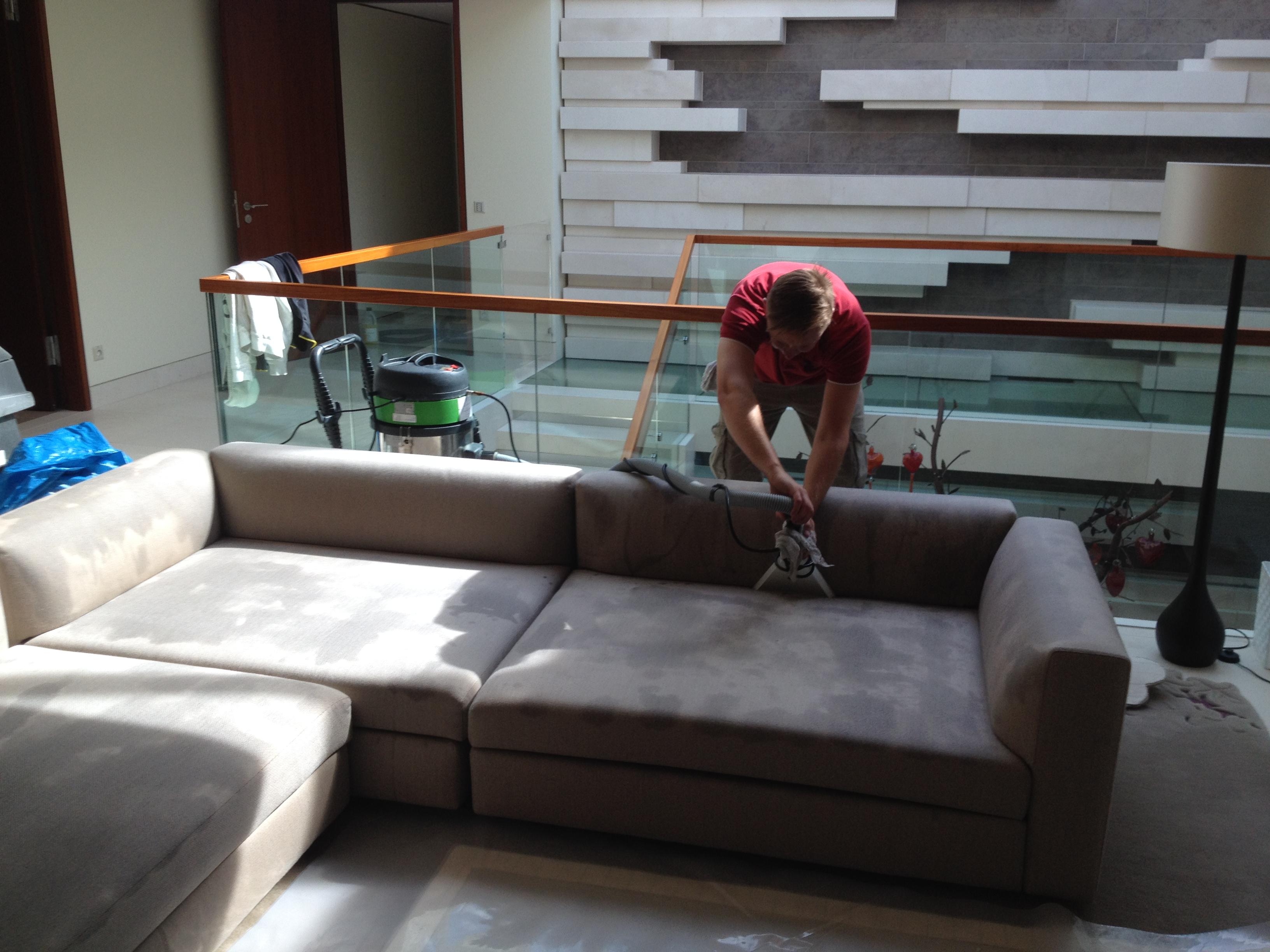 entreprise de nettoyage 06 cannes nice antibes monaco clean pro nettoyage de canap s chaises. Black Bedroom Furniture Sets. Home Design Ideas